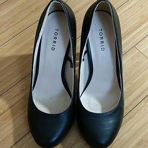 Torrid Black Clear Heel Pumps
